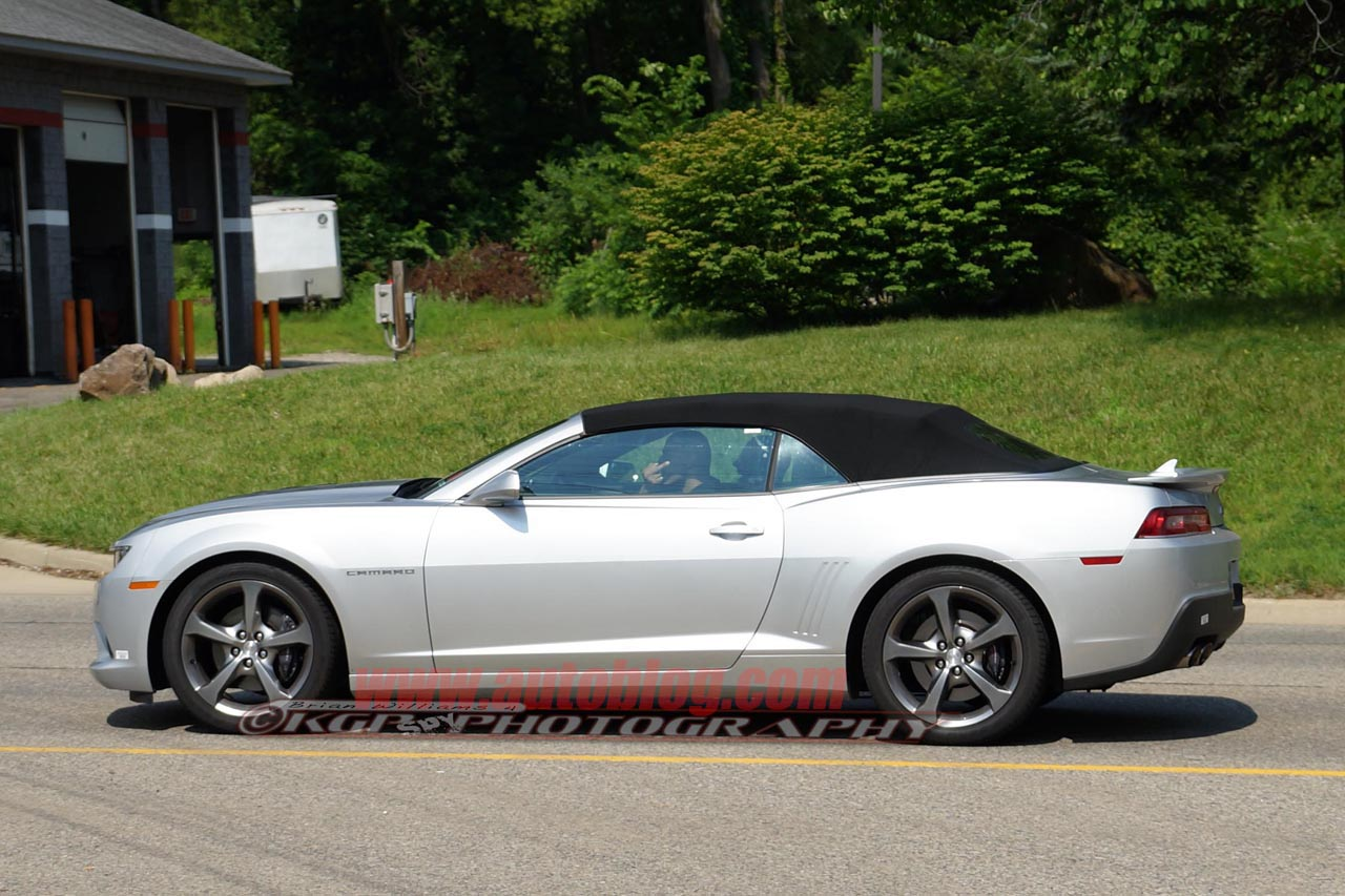 2014 chevrolet camaro ss convertible spy shots photo gallery. Cars Review. Best American Auto & Cars Review