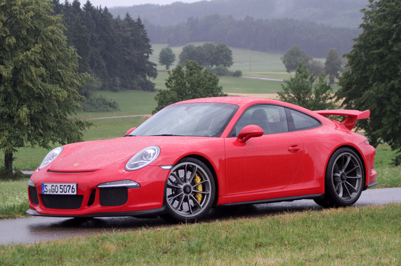 2014 porsche 911 gt3 w video autoblog. Black Bedroom Furniture Sets. Home Design Ideas