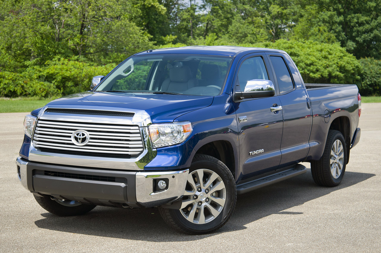 2014 toyota tundra first drive photo gallery autoblog. Black Bedroom Furniture Sets. Home Design Ideas