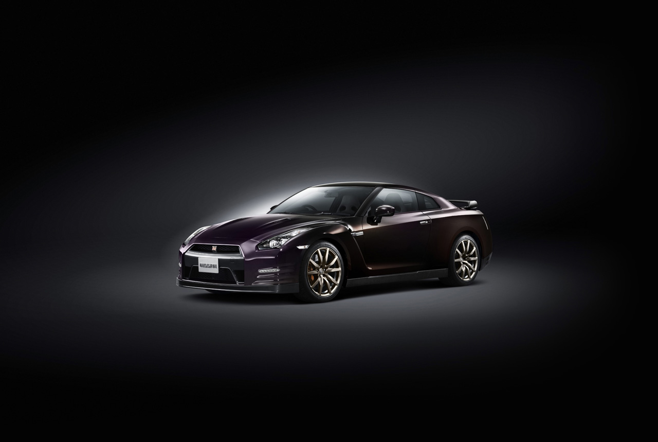 Nissan Announces Limited Edition 2014 Gt R In Midnight