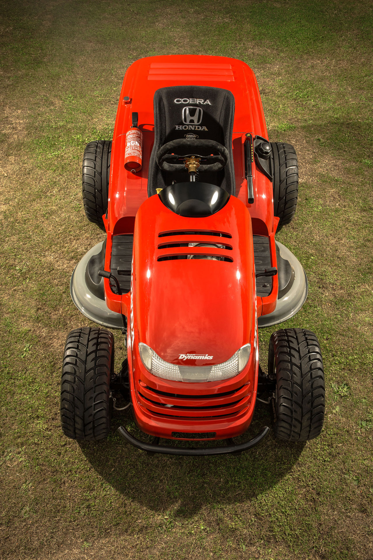 Honda Mean Mower Hits 60 Mph In 4 Seconds Cuts To 130 Mph