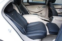 2014 Mercedes-Benz S-Class rear seats