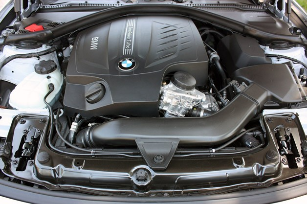 2014 BMW 4 Series engine