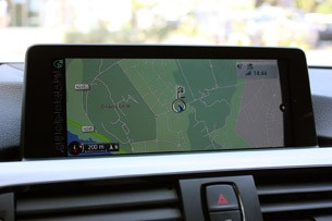 2014 BMW 4 Series navigation system