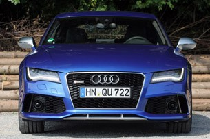 2014 Audi RS7 front view