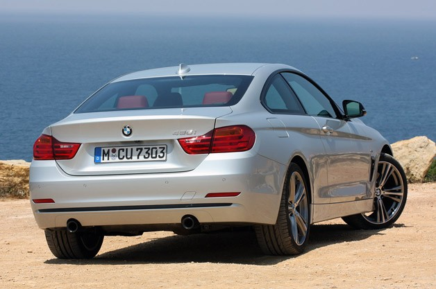 2014 BMW 4 Series rear 3/4 view