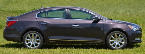2014 Buick LaCrosse side view