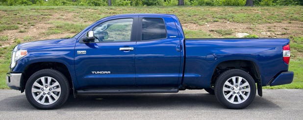 2014 Toyota Tundra Side View ...