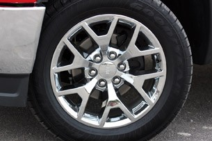 2014 GMC Sierra wheel