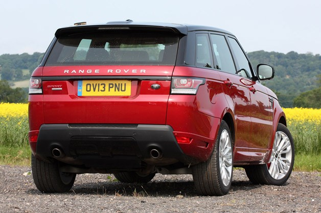 2014 Range Rover Sport rear 3/4 view