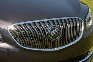 2014 Buick LaCrosse grille