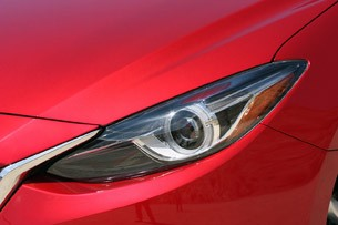 2014 Mazda3 headlight