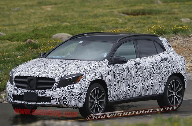 Mercedes-Benz GLA crossover spy shots