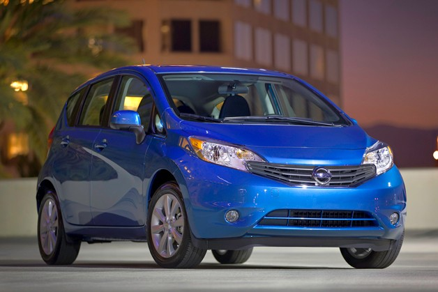 2014 Nissan Versa Note front three-quarters