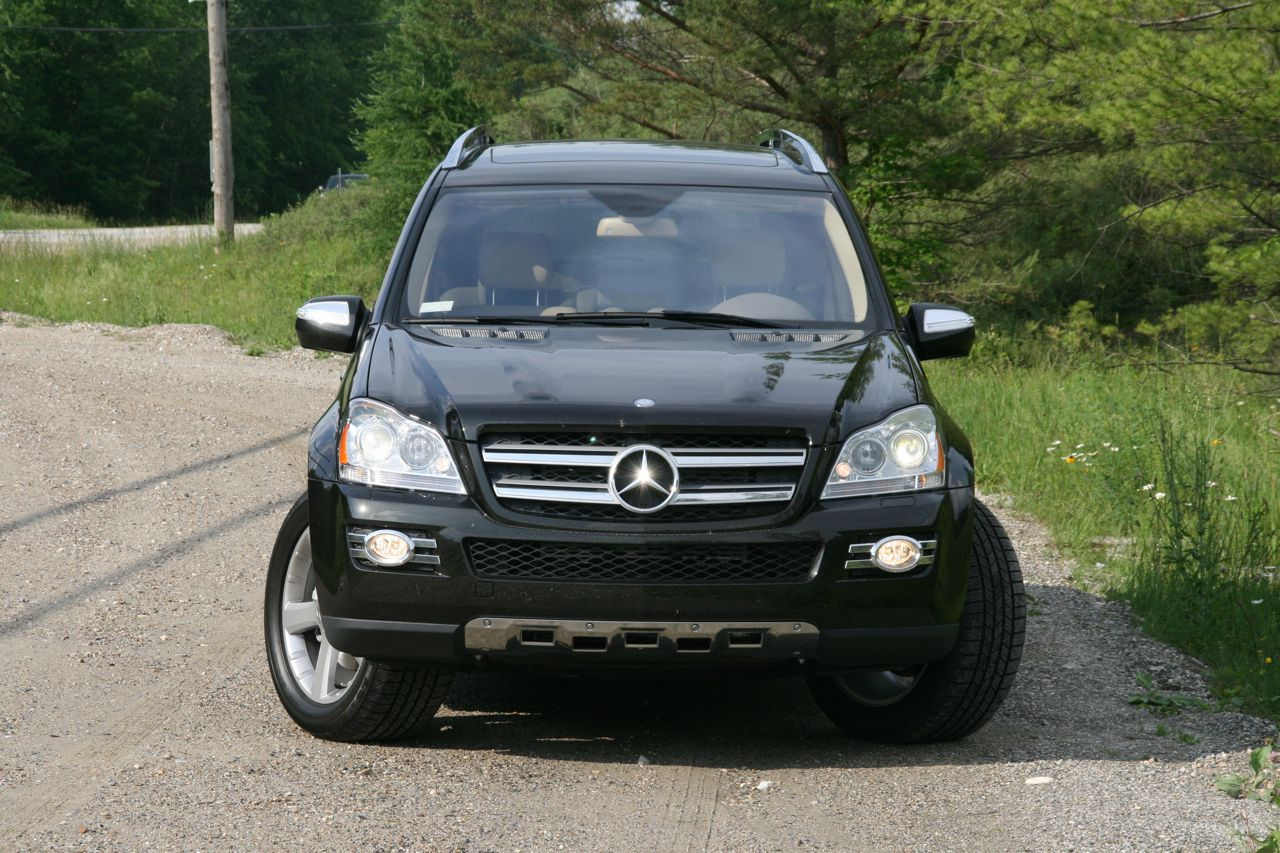 Cars pictures and reviews 2009 2010 mercedes benz gl320 for Mercedes benz gl320