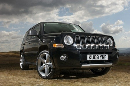 Jeep Patriot  Full speed Pictures