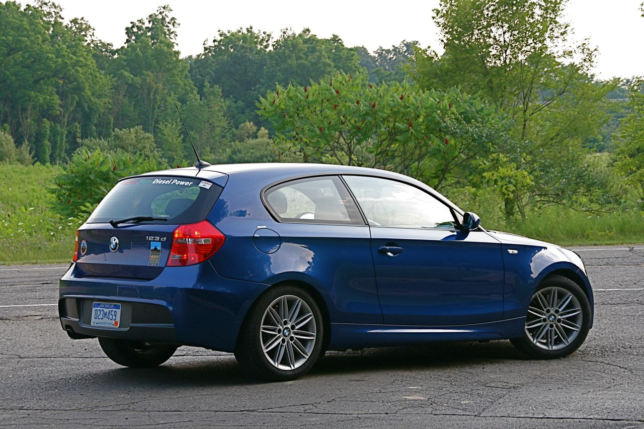 abg garage 2008 bmw 123d hatchback photo gallery autoblog. Black Bedroom Furniture Sets. Home Design Ideas