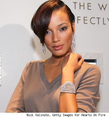 selita ebanks short hair. When model Selita Ebanks was