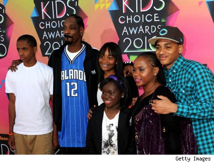 Snoop Dogg says daughter winning lupus fight