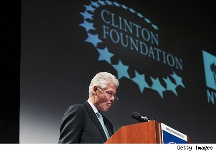 Is Bill Clinton Abandoning Harlem?