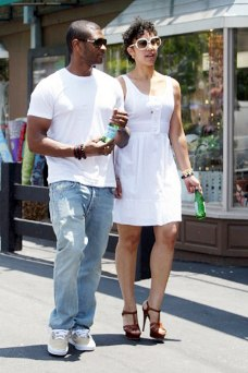 Usher & Grace shopping in Malibu