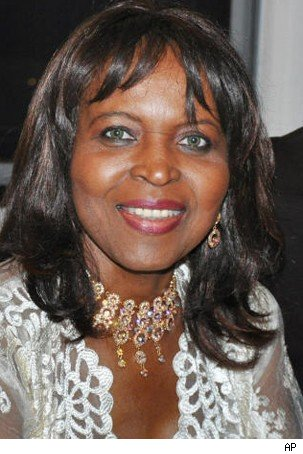 Alaina Reed Hall Dies of Breast Cancer