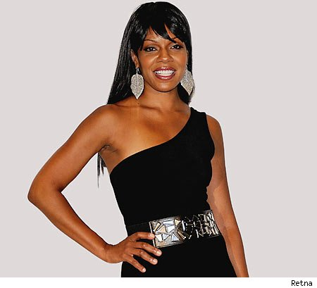 VIDEO: Wendy Raquel Robinson From 'The Game' Backstage at 2010 Hoodie