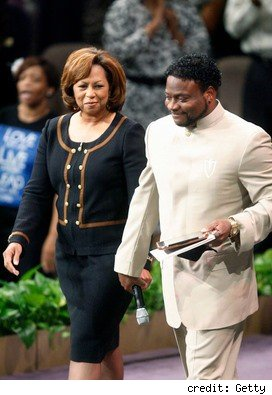 Bishop Eddie Long, Bishop Eddie Long Scandal