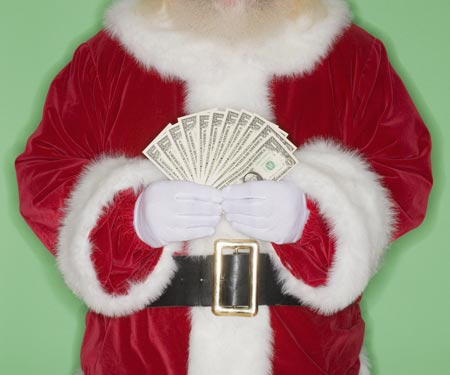 Don't Let Holiday Tipping Make You Go Broke