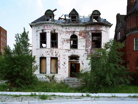 City of Detroit Will PAY YOU to Take Homes