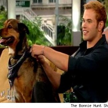 It's Puppy Love for Kellan Lutz