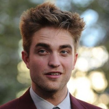 Robert Pattinson and Stephenie Meyer Share Blood Ties to Dracula