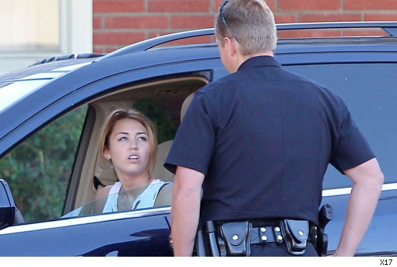miley cyrus gets pulled over