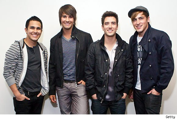 Big Time Rush, 'Boyfriend' Feat. Snoop Dogg