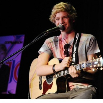 Cody Simpson Announces 'Coast to Coast' Mall Tour