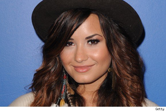 Demi Lovato to perform at the 2011 Do Something Awards