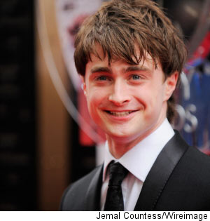 000_000_112_daniel-radcliffe-break-down