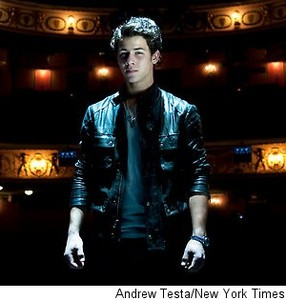 000_000_256_nick-jonas-new-york-times