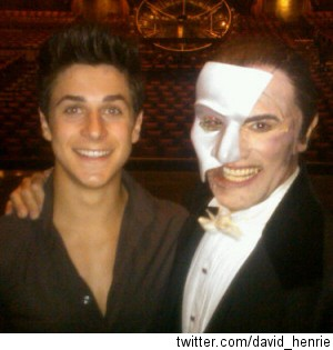 000_000_600_happy-birthday-david-henrie