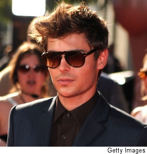 000_001_086_zac-efron-miley-cyrus-comments