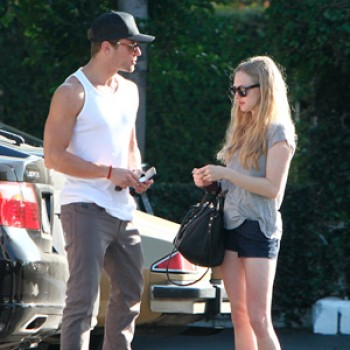 Amanda Seyfried & Ryan Phillippe Split