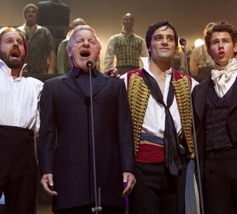 000_007_836_les_miserables_25th_anniversary_concert_mini