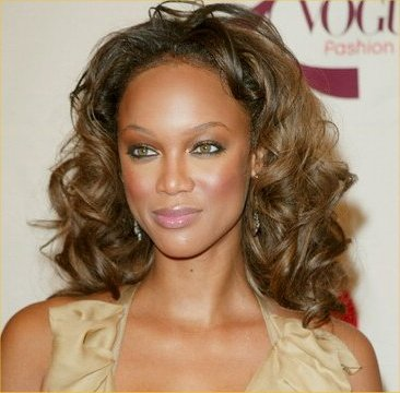 000_009_029_tyra_banks_biography_5