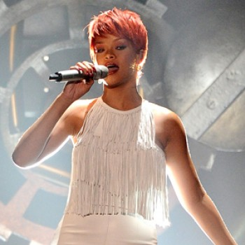Rihanna Leads Billboard Music Awards Nominations