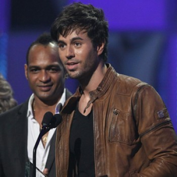 Enrique Iglesias &amp;amp; Shakira Rule Billboard Latin Music Awards