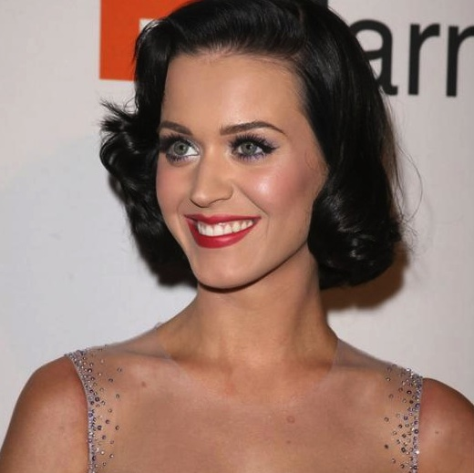 000_009_743_katy-perry-hairstyle-4