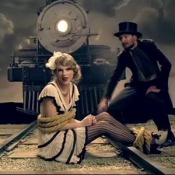"Taylor Swift Releases ""Mean"" Music Video"