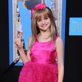 "Joey King Lands Coveted ""Oz"" Role Opposite James Franco & Mila Kunis"