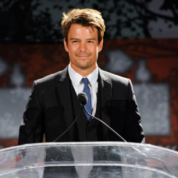 Josh Duhamel Honored for Charity Work