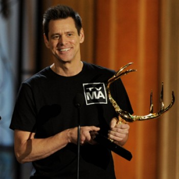 Jim Carrey, Jennifer Aniston & Mark Wahlberg Honored at Spike's Guys Choice Awards